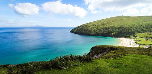 ireland irlande keel beach achill island blue sea paradis paradise keem bay