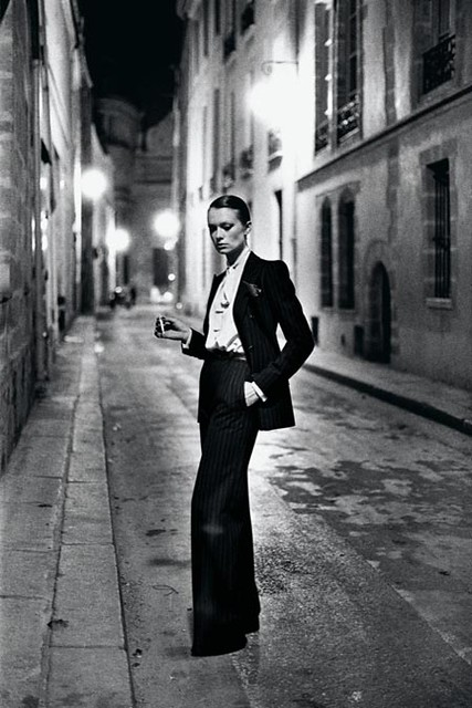Le smoking by YSL - Helmut Newton