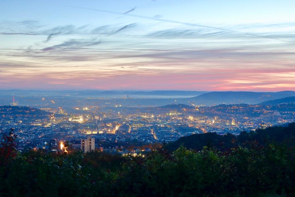 Sonnenaufgang über Stuttgart II