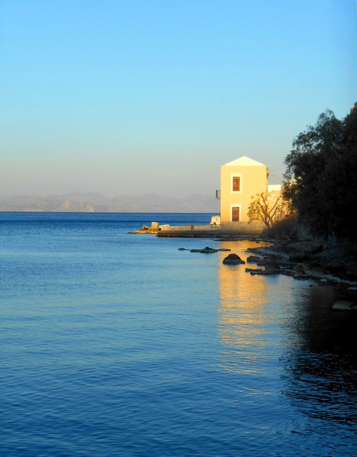 Magical autumn afternoon at Symi, Greece/Μαγικό φθινοπωρινό απόγευμα στον Εμπορειό της Σύμης