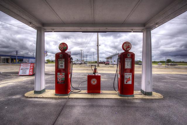Ambler's Texaco Gas Station - Route 66 - Dwight - Illinois - USA