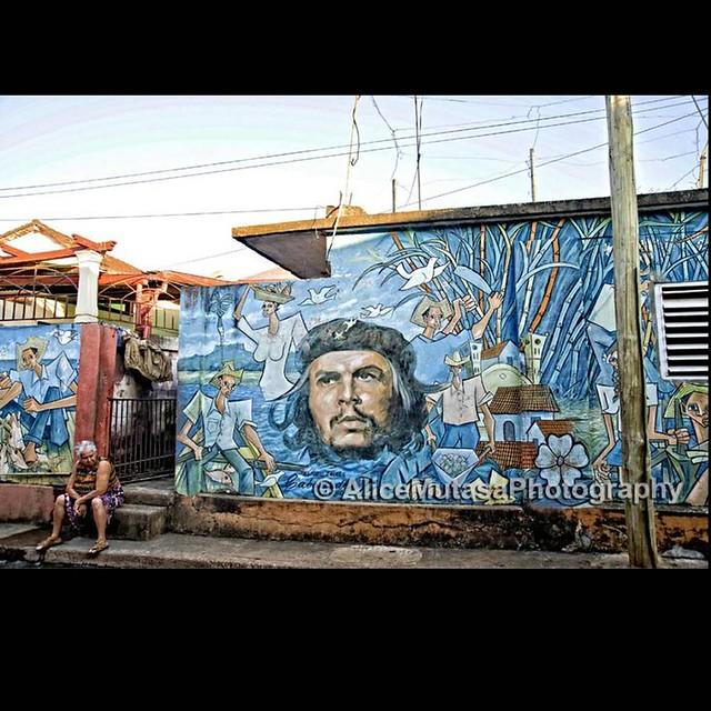 Che Guevara mural in Baracoa, Cuba