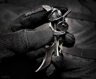 Stealth SERE Kit /// Response blade, carbide rod saw, diamond rod saw, kevlar cord saw, polymer handcuff key, titanium bogota picks, shim pick saw - integrated into a singular chain for concealment variations