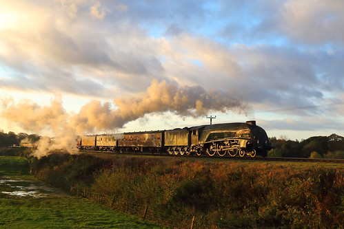 first runpast gresley a4 pacific 60009 unionofsouthafrica burrs country park east lancashire railway 3p20 parcels group photo charter sunrise streak