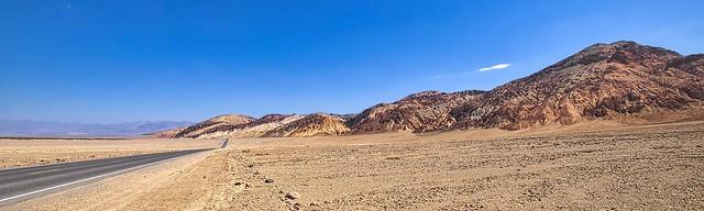 Straight through the desert - Tout droit à travers le désert