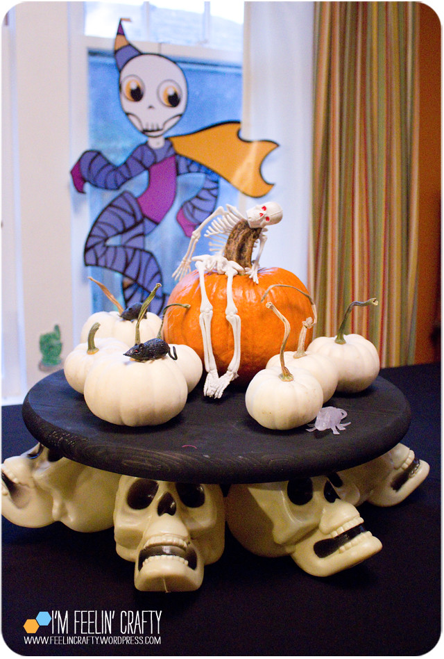 HalloweenCenterpiece-Table-ImFeelinCrafty