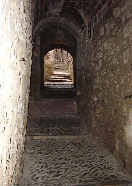 Passage in Girona
