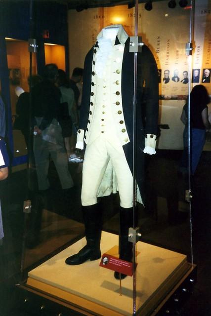 DC - Capitol Hill: Smithsonian - General Washington