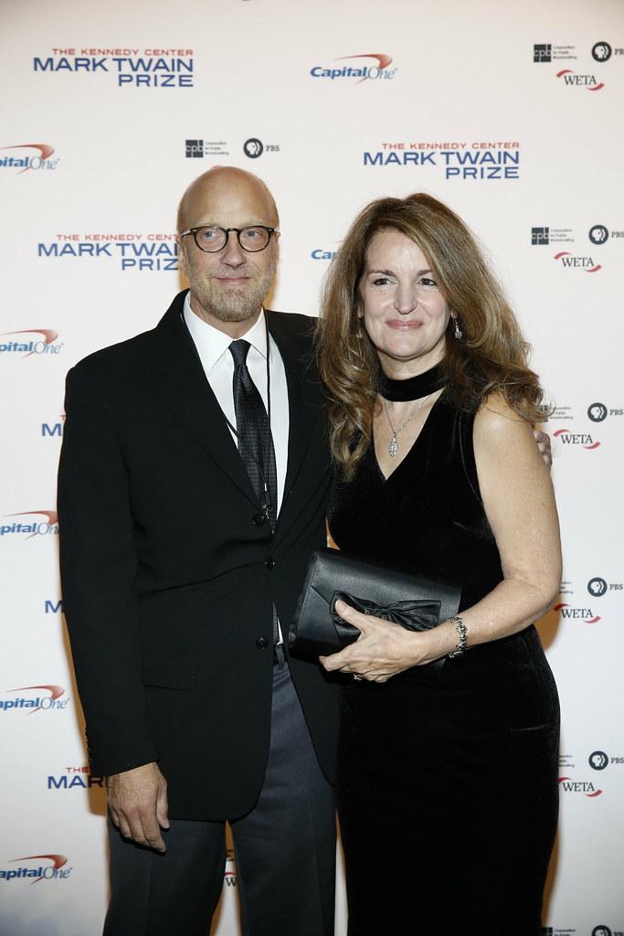 Chris Elliott And Wife Paula Niedert Elliott Red Carpet