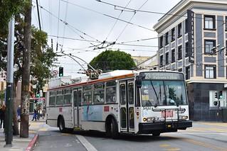 MUNI 5432 - Mission and 16th - San Francisco - September 13, 2017