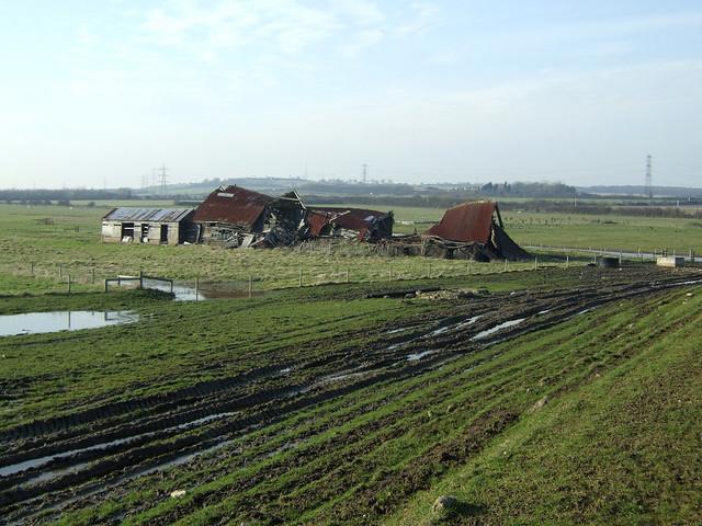 Ruined barn near South Woodham Ferrers
