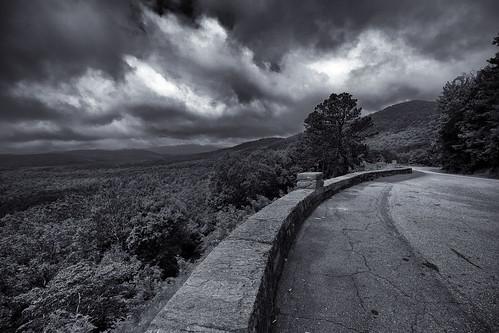 dorameulman landscapephotography monochrome blackandwhite landscape mountains road haiku northcarolina blueridgeparkway canon7dmark11 canon clouds