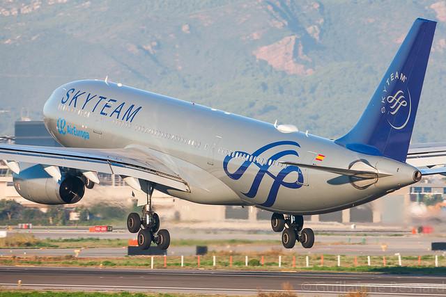 Airbus A330-200 Air Europa Skyteam EC-LQP MSN 526