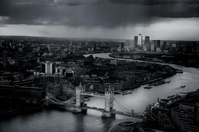 Bridging the gap @londonlights