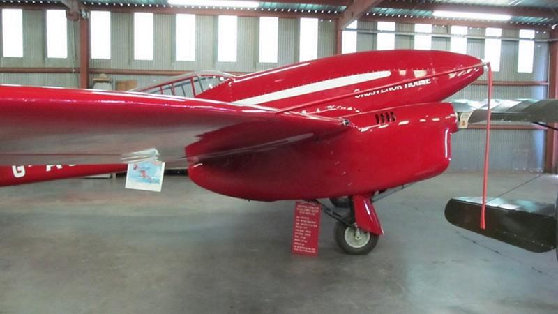 De Havilland DH.88 Comet 8