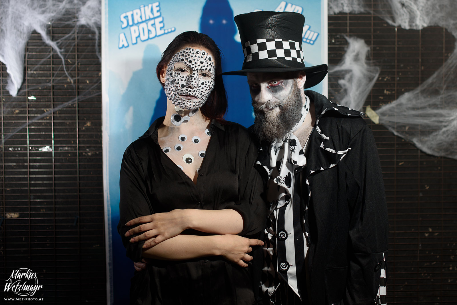 "#11 - Nadine Thoms & Patrick Zien, ""1000 Augen"" - Everyday is Halloween, 15 Years of BZFOS"
