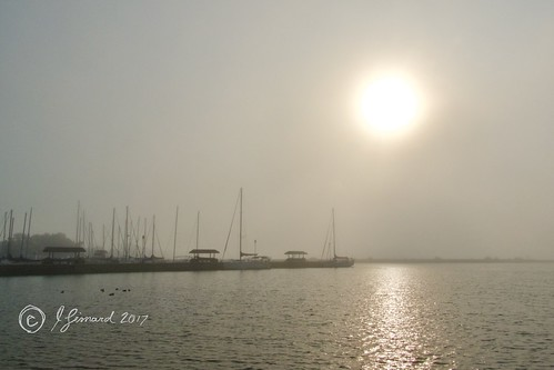 cobourg ontario harbour sun haze fog lakeontario