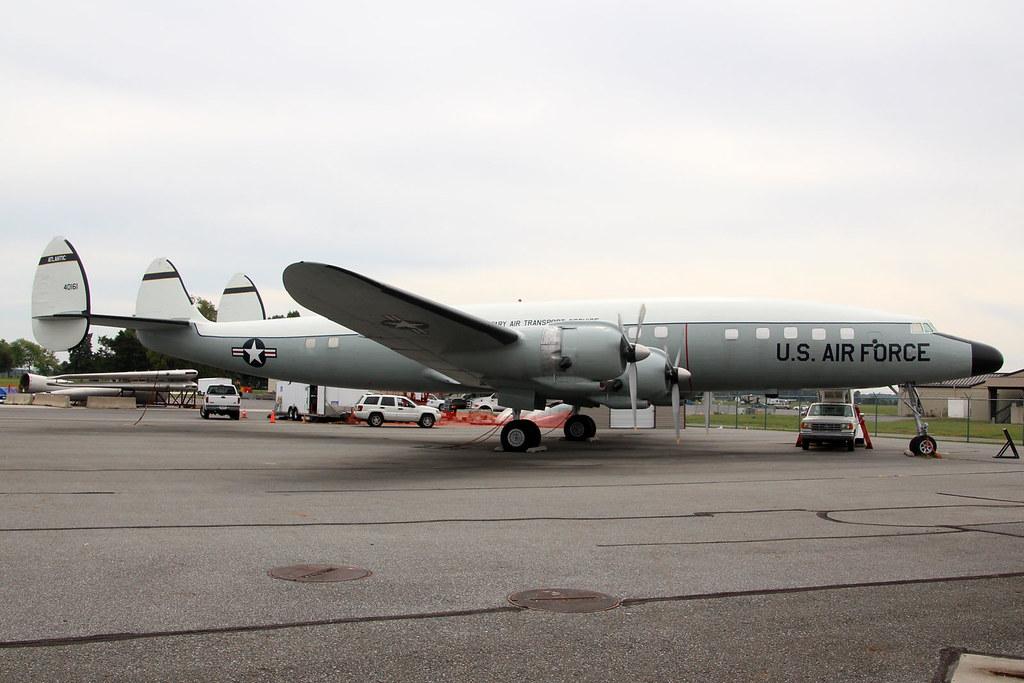 Lockheed L-1049E Super Constellation 54-0161 (N1005C)