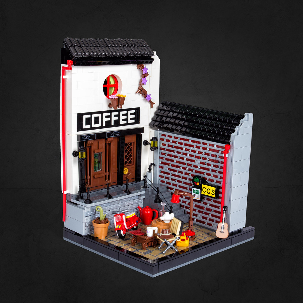 Café shop (custom built Lego model)