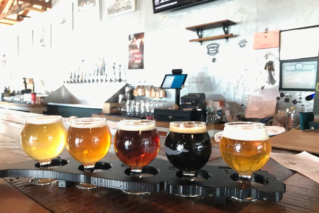 木, 2017-10-12 13:33 - Green port Harbor Brewery (Peconic brewery)