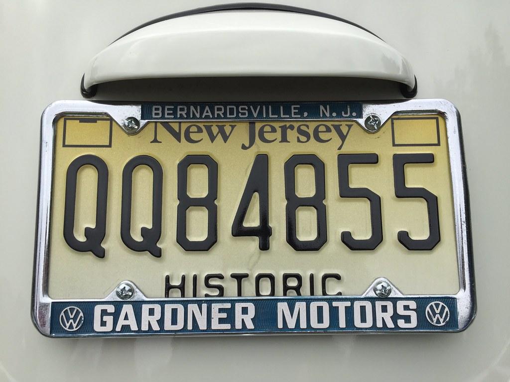 Vintage VW dealer license plate frame    Gardner Motors, Ber