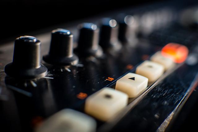 Let's Play (MIDI Keyboard)#HMM