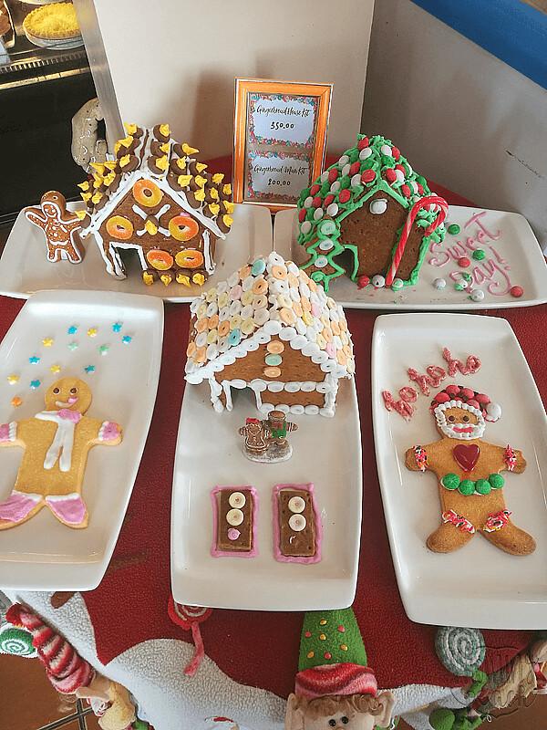 Ginger-bread-house-7