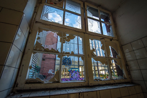 Window | by Andreas Luft