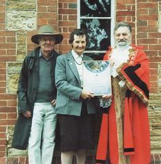 Alec Baxendale, Ruth Baxendale, Mayor Jim Aldridge, 1996