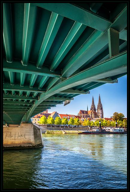 under the bridge - Ratisbona