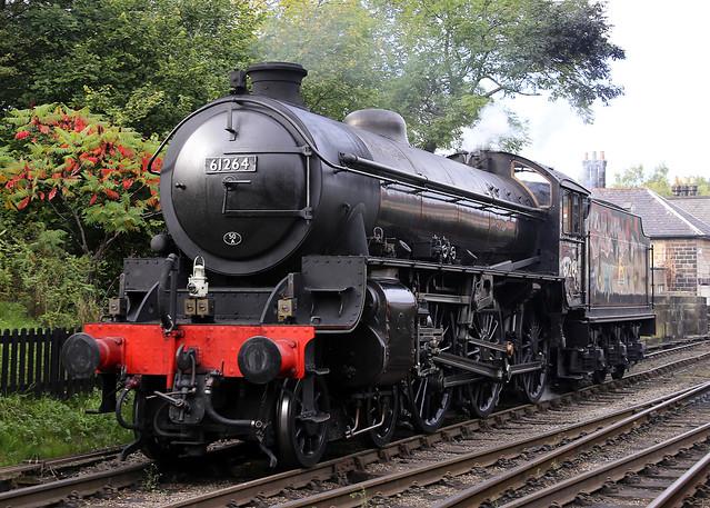 61264 LNER Thompson B1 4-6-0