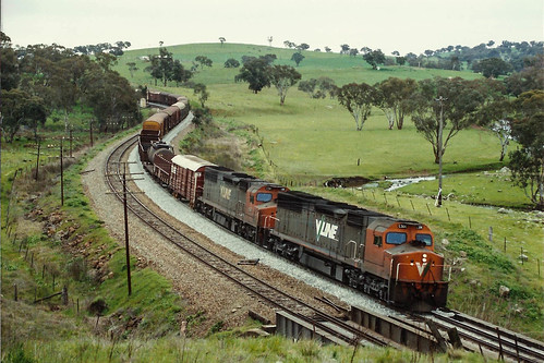 locomotive engine transport train railway railroad rail railfan nsw sra australia