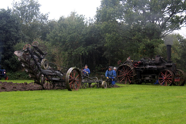 1928 Steam plough in action