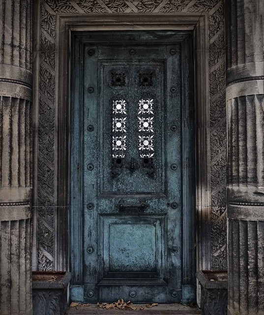 Mausoleum in Montmartre Cemetery
