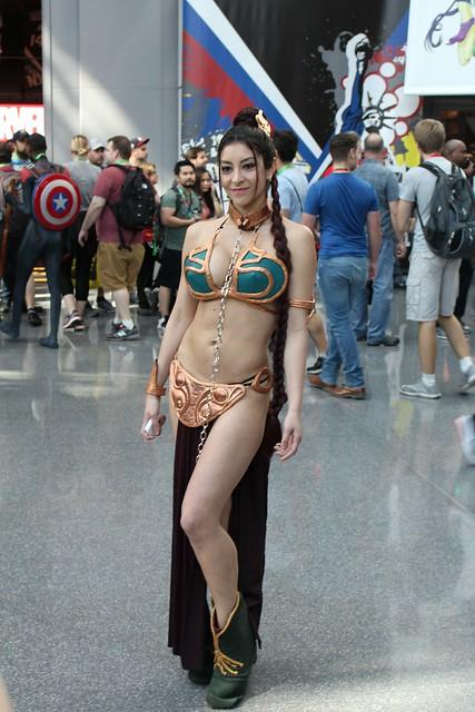 Star Wars Slave Leia Cosplay at NYCC