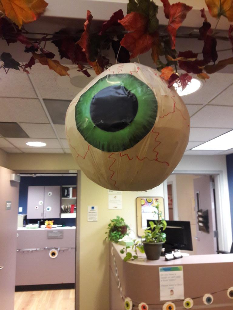 Green Halloween Paper Mache Eye Leaves Eye Decorations