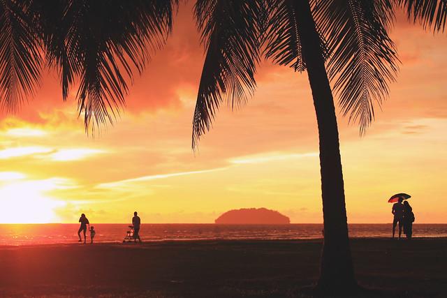 丹絨亞路夕照 Pantai Tanjung Aru