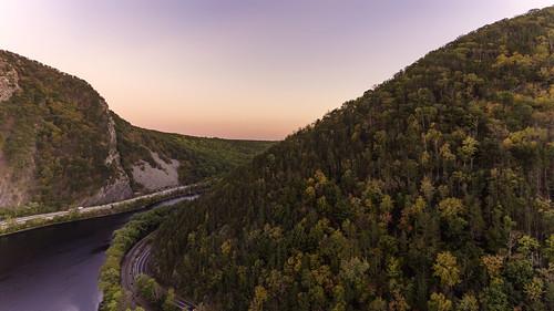 landscape delaware water gap aerial drone dji phantom 4 sunset sky mountains river sun new jersey pennsylvania