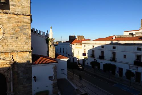 olivenza olivença badajoz extremadura españa spain calles streets calle street empedrado adoquinado atardecer sunset