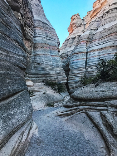 appleiphone7plus slotcanyon places kashakatuwetentrocksnatlmonument newmexico unitedstates us