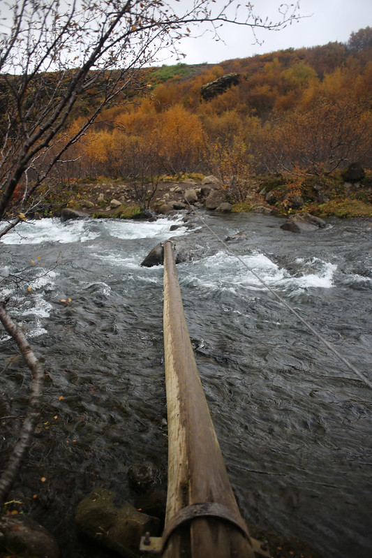 Botnsá river crossing