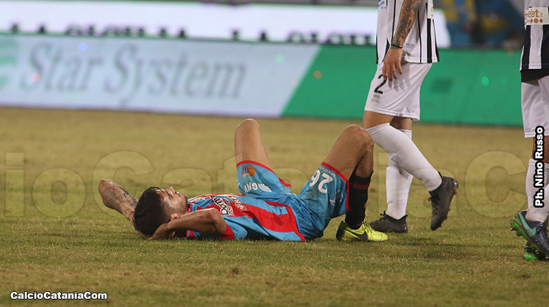 La delusione di Luka Bogdan al termine della sconfitta del 21 Ottobre 2017