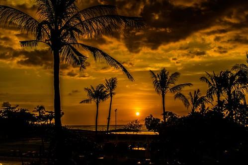 kuta bali indonesien sunset sunrise