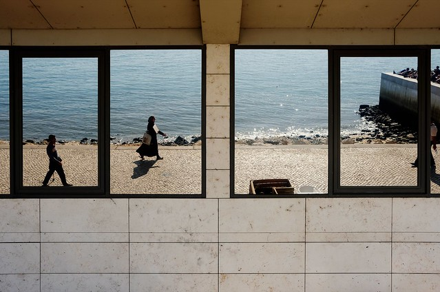 Reflection of the sea 175-2017 ( serie walkers )
