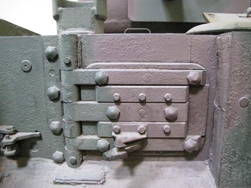 Churchill Mk VI 7