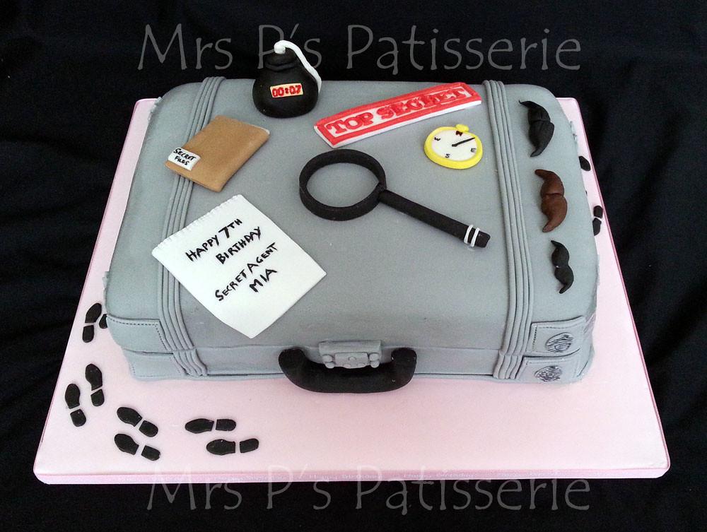 Brilliant Secret Agent Spy Case Cake Secret Agent Spy Themed Bir Flickr Birthday Cards Printable Giouspongecafe Filternl