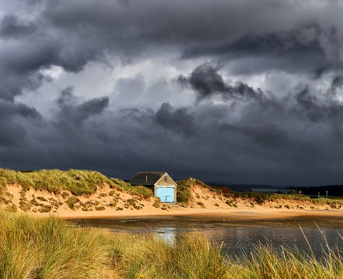 riverythan aberdeenshire ythan theythanestuary storm water landscape contrast scotland flickr boathouse