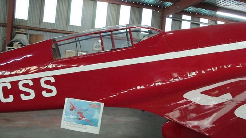 De Havilland DH.88 Comet 4