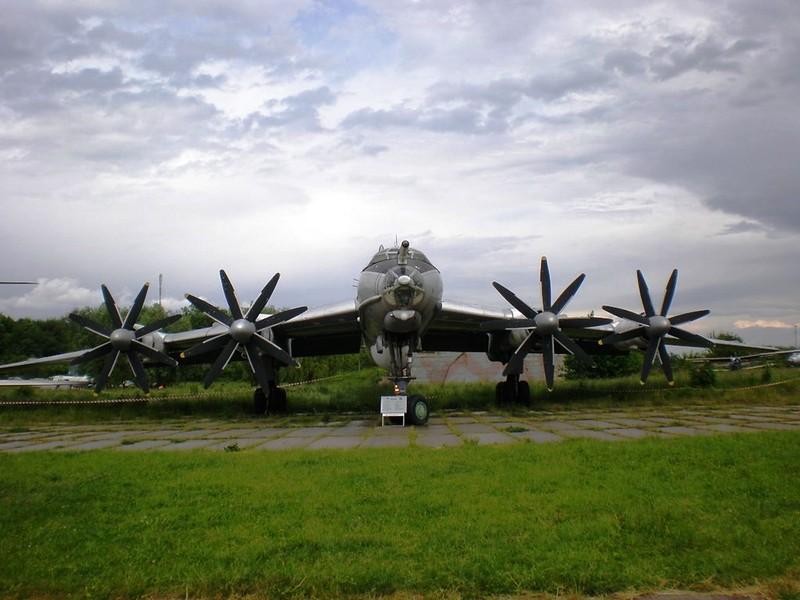 ツポレフ火-142M3 4