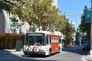 MUNI 5538 - Sacramento and Front - San Francisco - September 9, 2017
